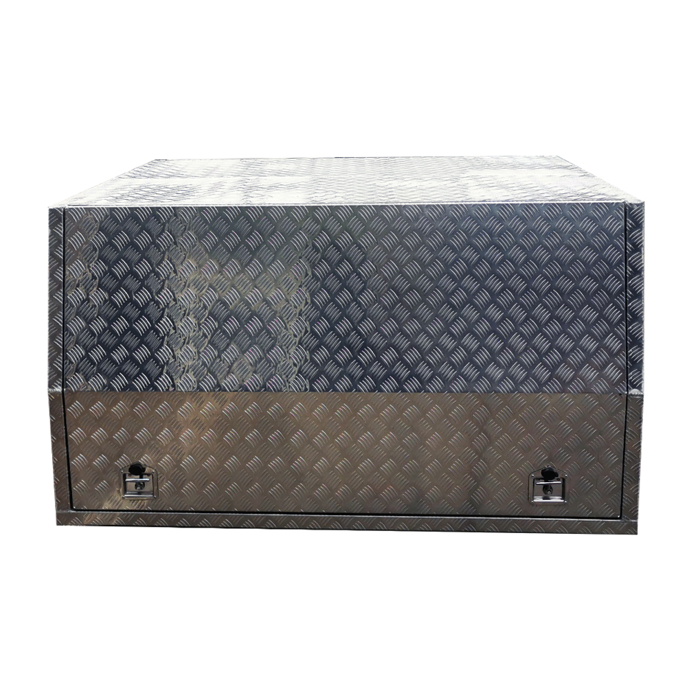 1800mm x 1000mm High Checker Plate Aluminium Canopy